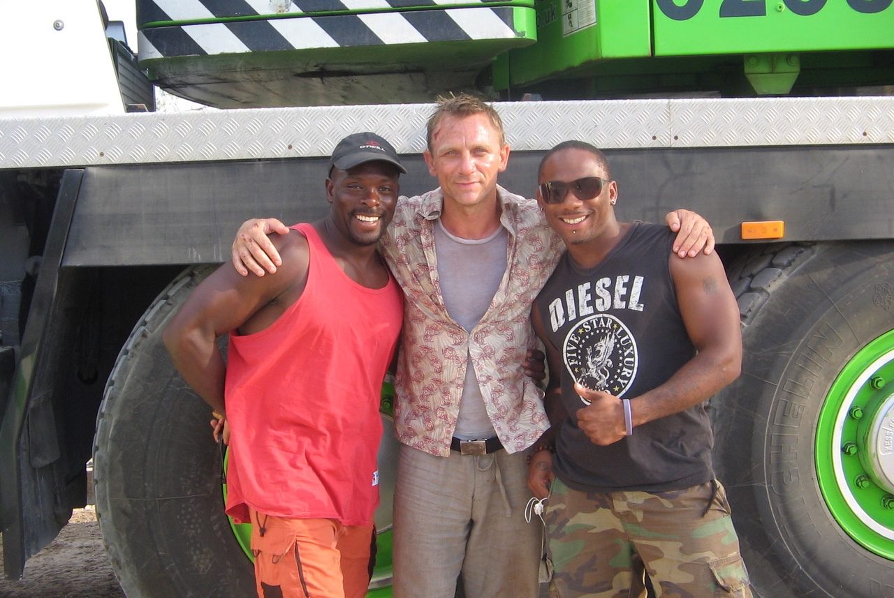 Marvin with Daniel Craig filming Casino Royale