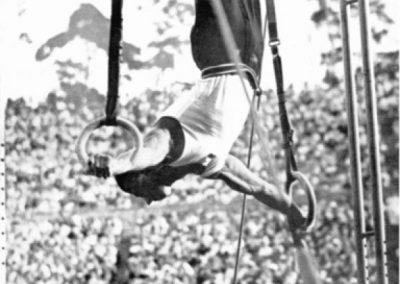 Hudec wins the rings for Czechoslovakia. 2nd is Leon Stukelj Yugoslavia.
