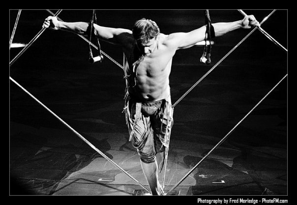 Paul Bowler in his Cube act with Cirque du Soleil