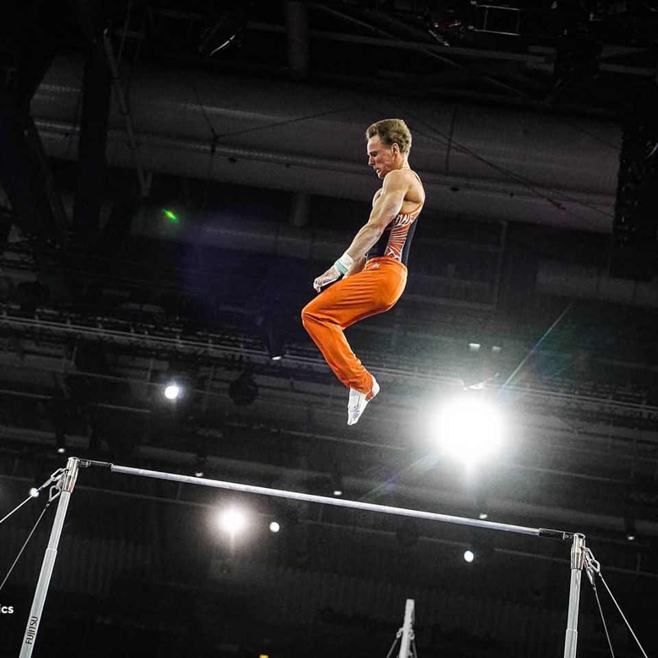 Zonderland flying on High Bar at the 2012 Olympics